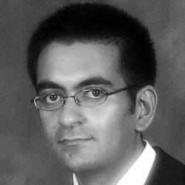 Photo of Dr Junaid Bajwa